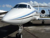 бизнес реактивный самолет — Стоковое фото