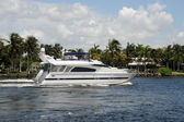 Luxury yacht on a Florida waterway — Stok fotoğraf