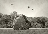 World War 2 era paratroopers — Stock Photo