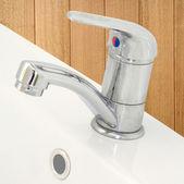浴室水龙头 — 图库照片