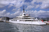 Yacht With Helicopter Pad — Photo