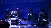 Uppsättning trummor på en scen — Stockfoto