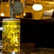 Glowing tankard of golden draught beer — 图库照片