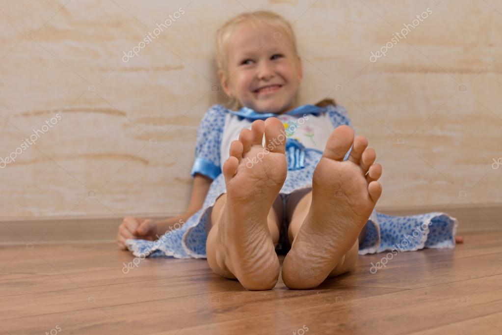 Foot girl model teen