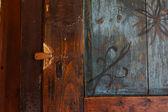 Antika dekorativa dörr — Stockfoto