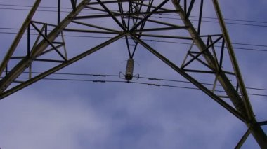 High voltage electricity line detail — Stock Video