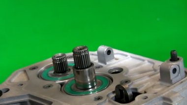 Dismantling gearbox 3. Object turning over — Stock Video