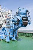 промышленная машина на корабле — Стоковое фото