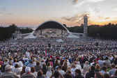 Crowd at Estonian National Song Festival in Tallinn — Stock Photo