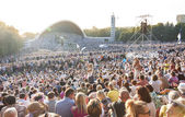 Crowd at Estonian National Song Festival in Tallinn — Stock Photo