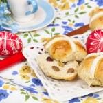 ������, ������: Hot cross buns