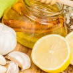 Honey,garlic and lemon — Stock Photo #42701051