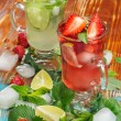 Strawberry and lime  mojito — Stock Photo #44291855