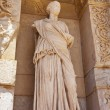 Statue of facade of the library of Celsus — Stockfoto