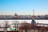 Uitzicht op de rivier de neva met peter en paulus vesting. sint-petersburg. rusland. — Stockfoto