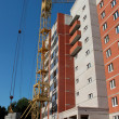 Construction of multi-storey brick building. — Foto de stock #12106032