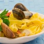 Fettuccine ai frutti di mare — Stock Photo