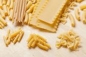 Grupo de massas italianas secas — Foto Stock