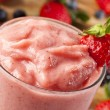 Fresh Organic Strawberry Smoothie — Stockfoto