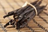 Świeże brązowy organicznych wanilia — Zdjęcie stockowe