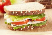 čerstvé domácí krůtí sendvič — Stock fotografie