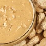 Creamy Brown Peanut Butter — Stock Photo #20096795