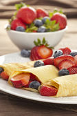 Fresh Homemade Strawberry Crepes — Stock Photo