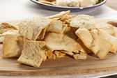 Homemade Crunchy Pita Chips — Stock Photo