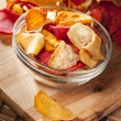 Fresh Cut Organic Vegetable Chips — Stock Photo