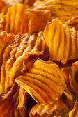 çıtır turuncu tatlı patates cipsi — Stok fotoğraf