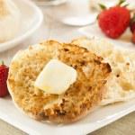 Organic Whole Wheat English Muffins — Stock Photo #27632497