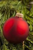 Uroczysty czerwony ornament christmas — Zdjęcie stockowe