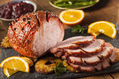 Traditional Sliced Honey Glazed Ham — Stock Photo