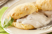 Homemade Buttermilk Biscuits and Gravy — Stock Photo