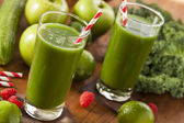 Healthy Green Vegetable and Fruit Smoothi Juice — Stock Photo