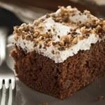 Homemade Toffee and Chocolate Cake — Stock Photo #45178723