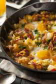 Homemade Hearty Breakfast Skillet — 图库照片