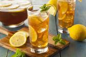 Homemade Iced Tea with Lemons — Stock Photo