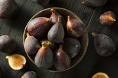 Raw Purple Organic Figs — Stock Photo