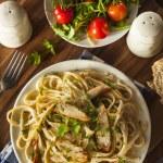 Homemade Fettucini Aflredo Pasta — Stock Photo #50814323