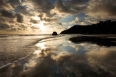 Beach in Costa Rica with perfect reflection — Stock Photo