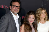 Jeffrey Dean Morgan, Natasha Calis, Kyra Sedgwick — Stock Photo