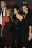 Sienna Guillory, Li Bingbing, Milla Jovovich — Stock Photo