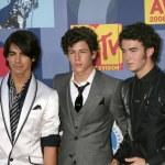������, ������: Jonas Brothers