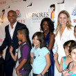 Постер, плакат: Amaury Nolasco & Jennifer Morrison & Cancer Kids