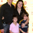 Постер, плакат: Steven Weber and Famly