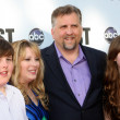Постер, плакат: Daniel Roebuck and Family