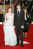 Christina Hendricks & Husband — Stock Photo