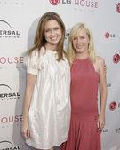 Jenna Fisher & Angela Kinsey — Zdjęcie stockowe