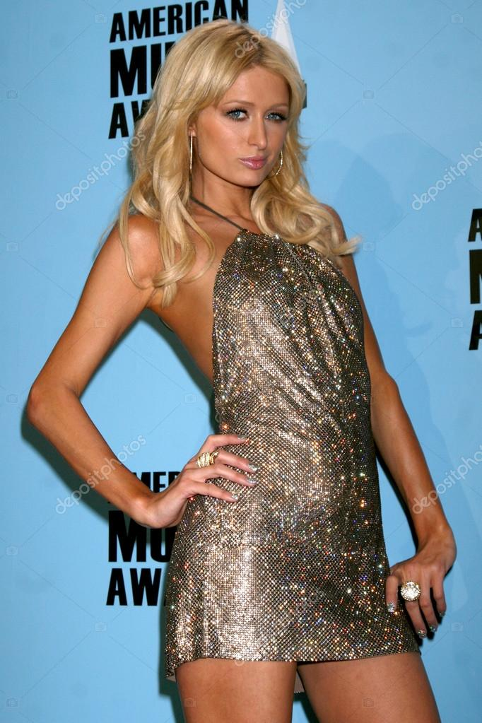 Paris Hilton in the Press Room of the American Music Awards 2008 at the Nokia Theater in Los Angeles, CAon November 23, 2008 — Stock Photo #12911865
